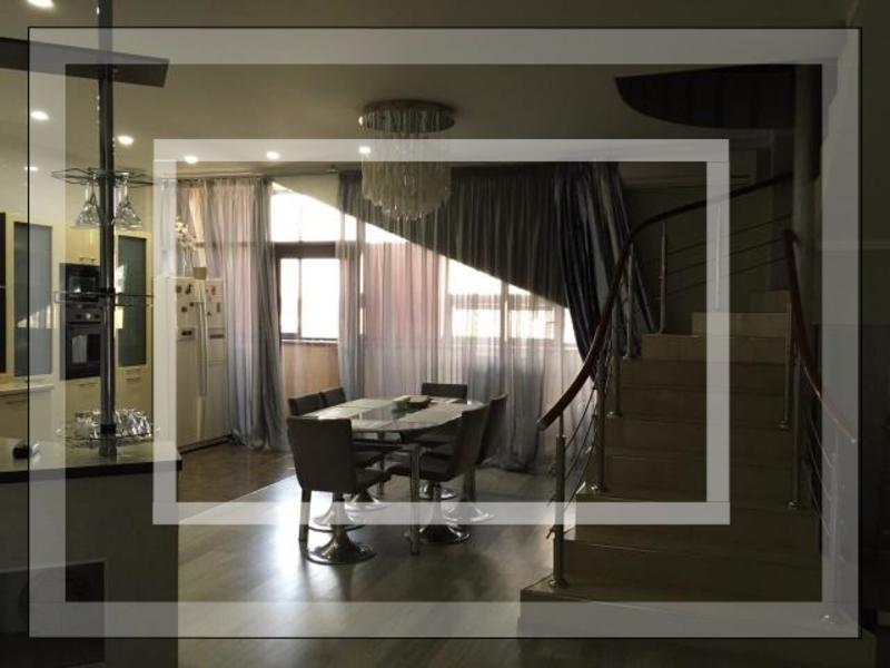 Купить 4-комнатная квартира, Харьков, Госпром, Ромена Роллана