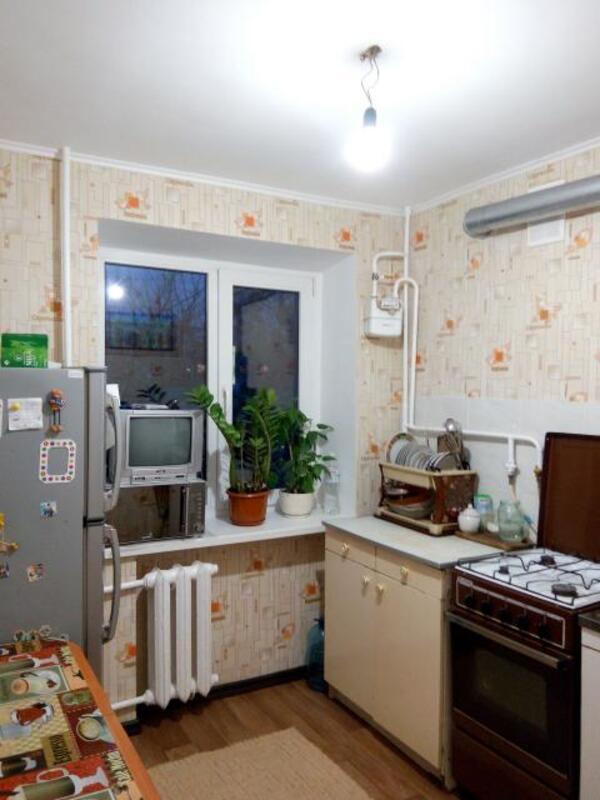 2 комнатная квартира, Чугуев, Харьковская (Ленина, Советская, Артема), Харьковская область (489874 2)
