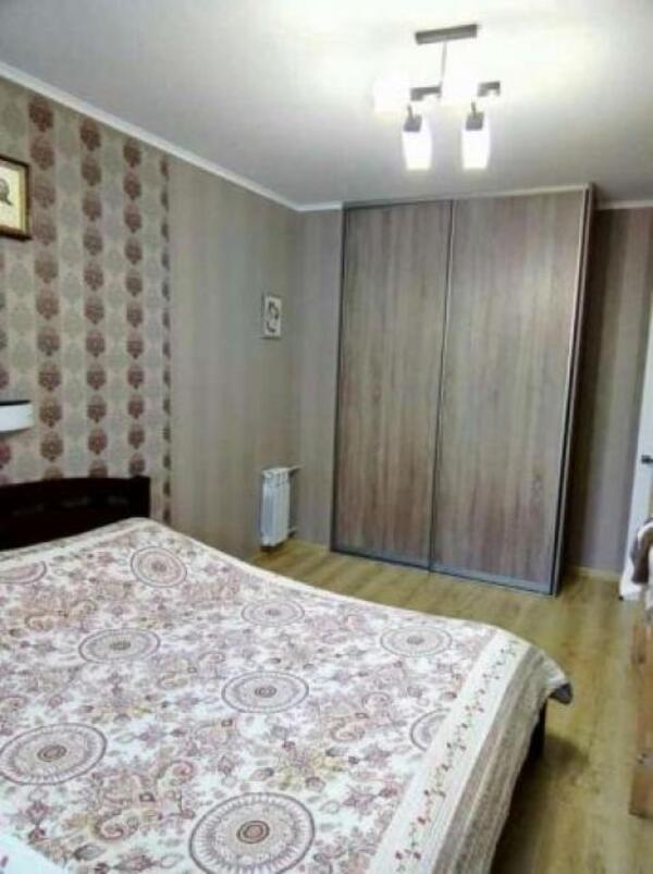 3 комнатная квартира, Харьков, Салтовка, Амосова (Корчагинцев) (491935 1)