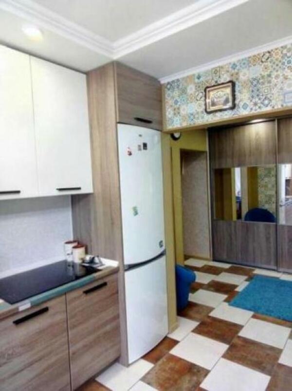 3 комнатная квартира, Харьков, Салтовка, Амосова (Корчагинцев) (491935 4)