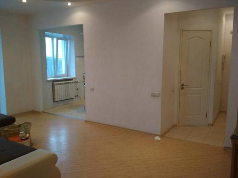 3 комнатная квартира, Харьков, Салтовка, Амосова (Корчагинцев) (492562 5)