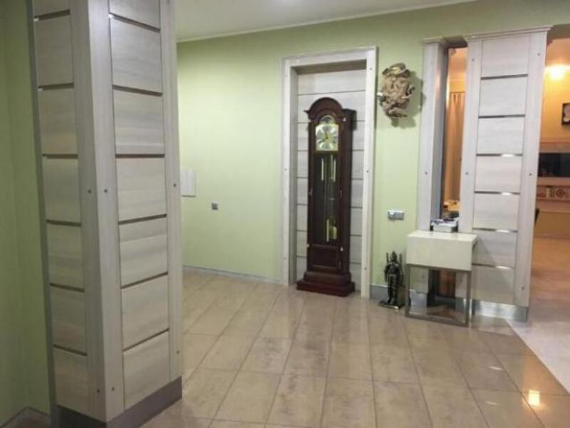 Квартира, 5-комн., Харьков, Нагорный, Чернышевского