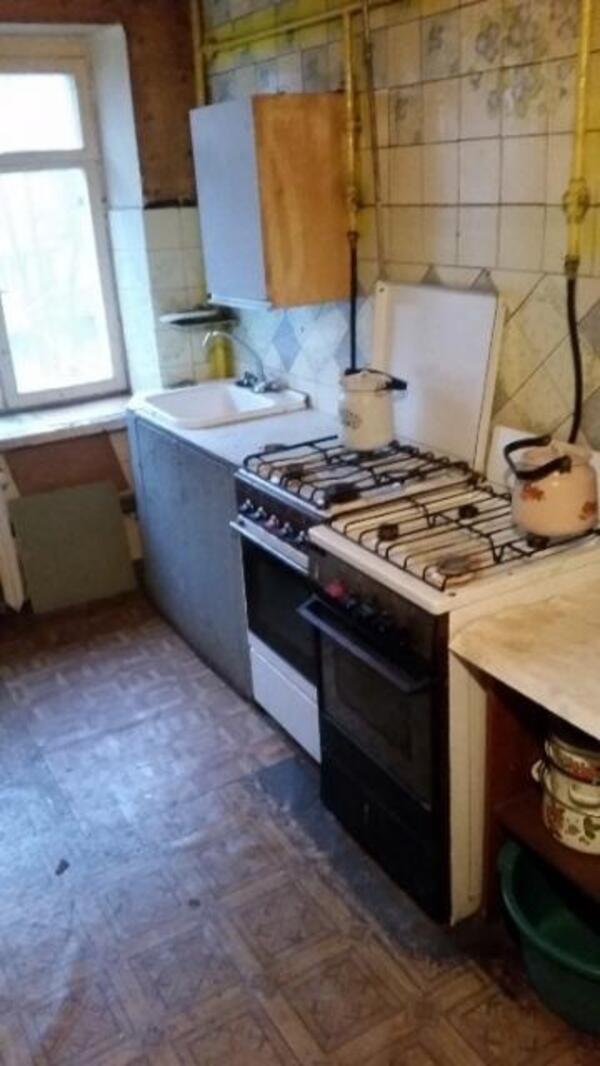 1 комнатная гостинка, Харьков, ХТЗ, Таджикская (497873 2)
