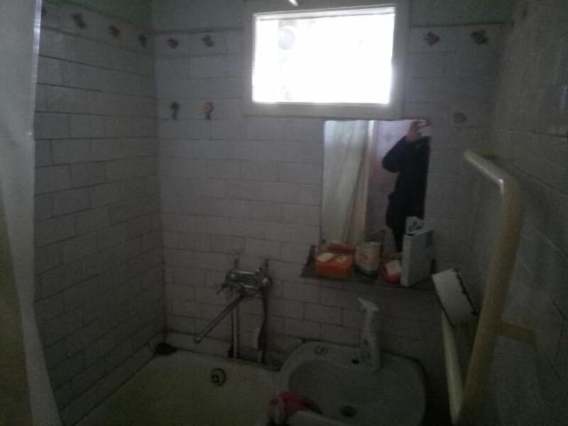 2 комнатная квартира, Чугуев, Харьковская (Ленина, Советская, Артема), Харьковская область (499012 4)