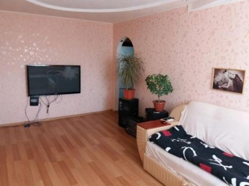 3 комнатная квартира, Дергачи, Садовая (Чубаря, Советская, Свердлова), Харьковская область (501683 9)