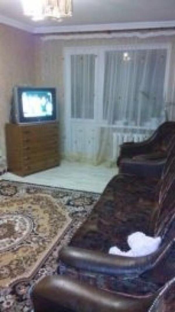 1 комнатная квартира, Чугуев, Авиатор мкр, Харьковская область (501906 4)