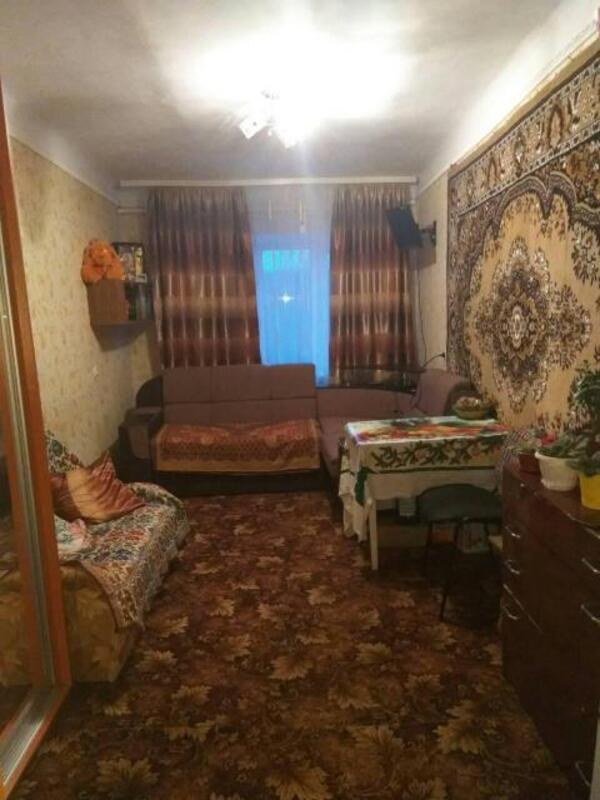 2 комнатная гостинка, Докучаевское(Коммунист), Докучаева, Харьковская область (501970 1)