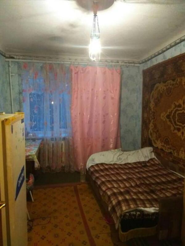 Комната, Докучаевское(Коммунист), Харьковский район, Докучаева