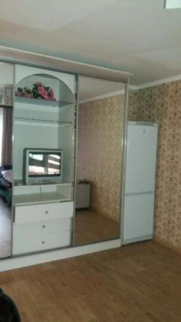 1 комнатная гостинка, Харьков, Защитников Украины метро, Московский пр т (504122 6)