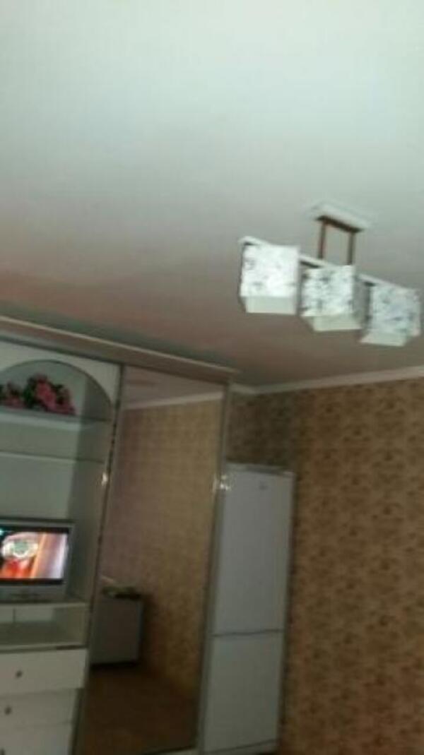 1 комнатная гостинка, Харьков, Защитников Украины метро, Московский пр т (504122 8)