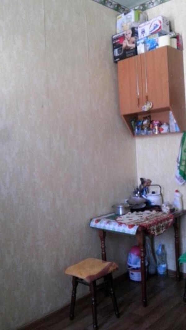 1 комнатная гостинка, Харьков, ХТЗ, Александровский пр. (Косиора пр.) (504210 1)