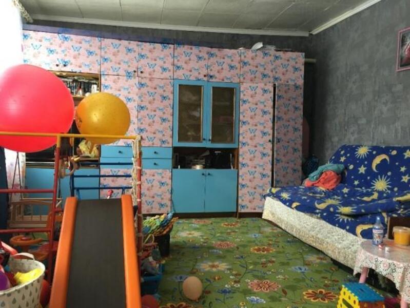 4 комнатная гостинка, Чугуев, Авиатор мкр, Харьковская область (507284 2)