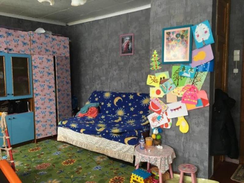 4 комнатная гостинка, Чугуев, Авиатор мкр, Харьковская область (507284 3)