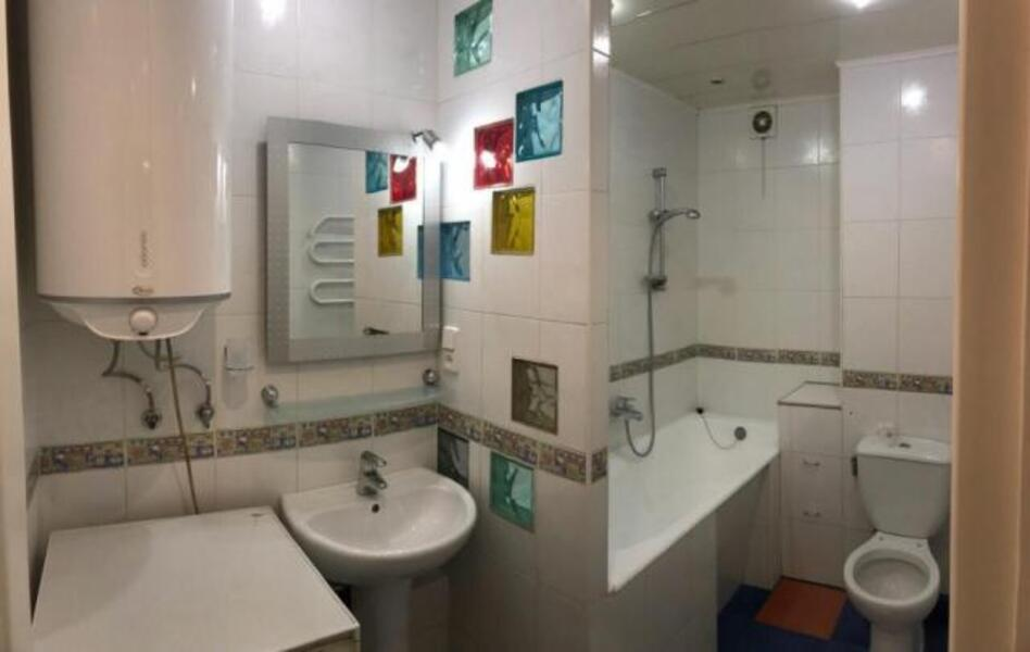 3 комнатная квартира, Харьков, Салтовка, Валентиновская (Блюхера) (508560 10)