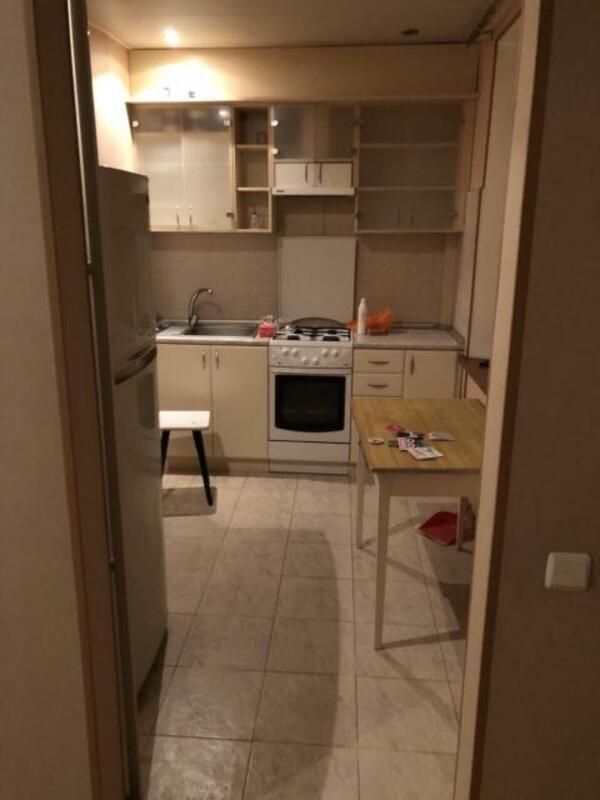 3 комнатная квартира, Харьков, Салтовка, Гвардейцев Широнинцев (508694 5)