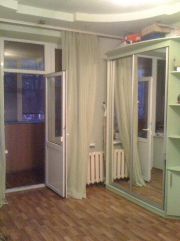 2 комнатная квартира, Харьков, Рогань жилмассив, Роганская (509444 1)