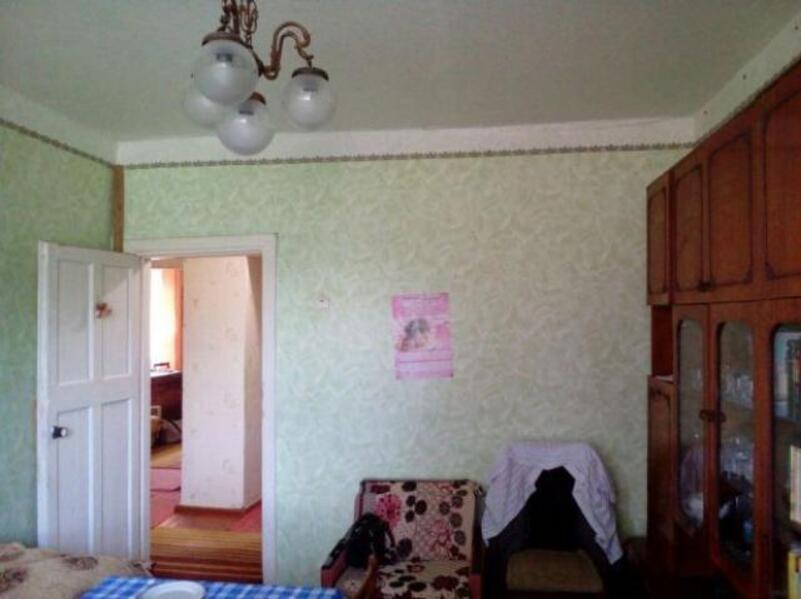 Квартира, 3-комн., Валки, Валковский район, Снежковская