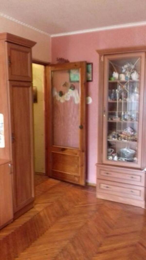1 комнатная квартира, Харьков, Салтовка, Тракторостроителей просп. (514695 1)