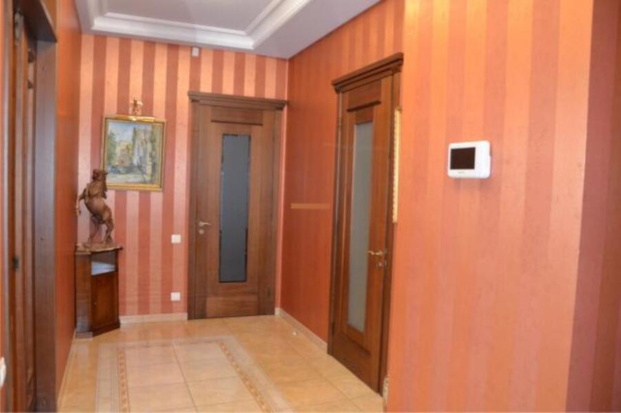 Квартира, 4-комн., Харьков, Нагорный, Чайковского