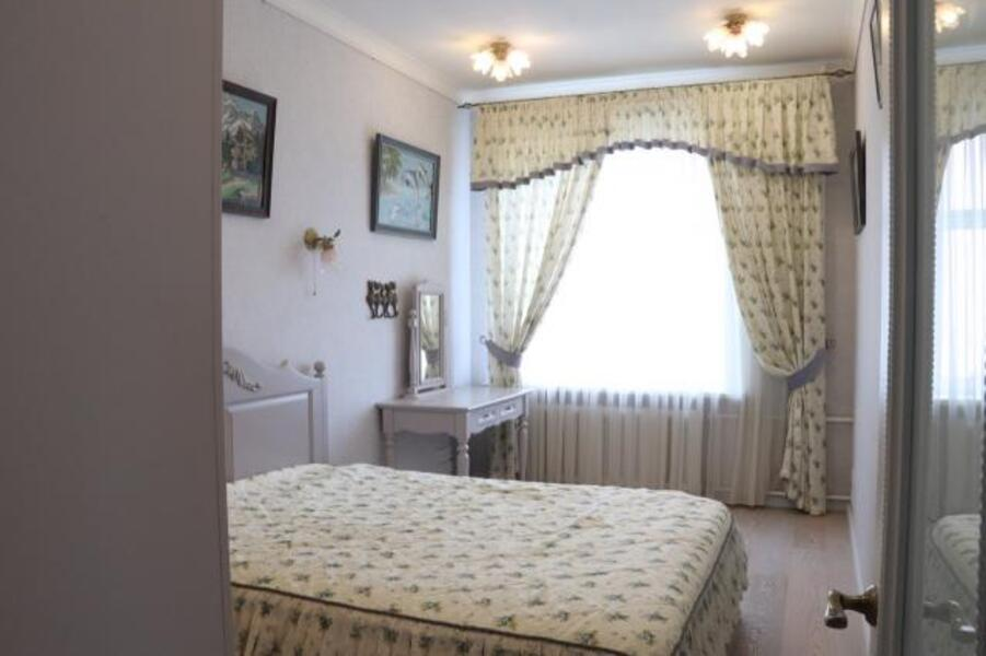 2 комнатная квартира, Харьков, Спортивная метро, Фесенковский в зд (515250 8)