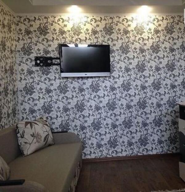 Купить 2-комнатная квартира, Чугуев, Дружбы (Кирова, Советская. Ленина), Харьковская область