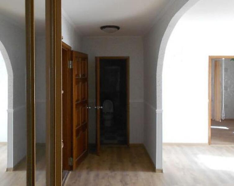 Квартира, 3-комн., Харьков, Пятихатки, Академика Курчатова проспект