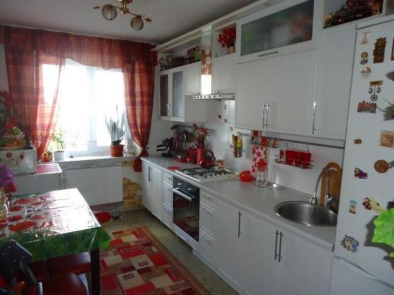 3 комнатная квартира, Харьков, ОДЕССКАЯ, Гагарина проспект (519156 1)