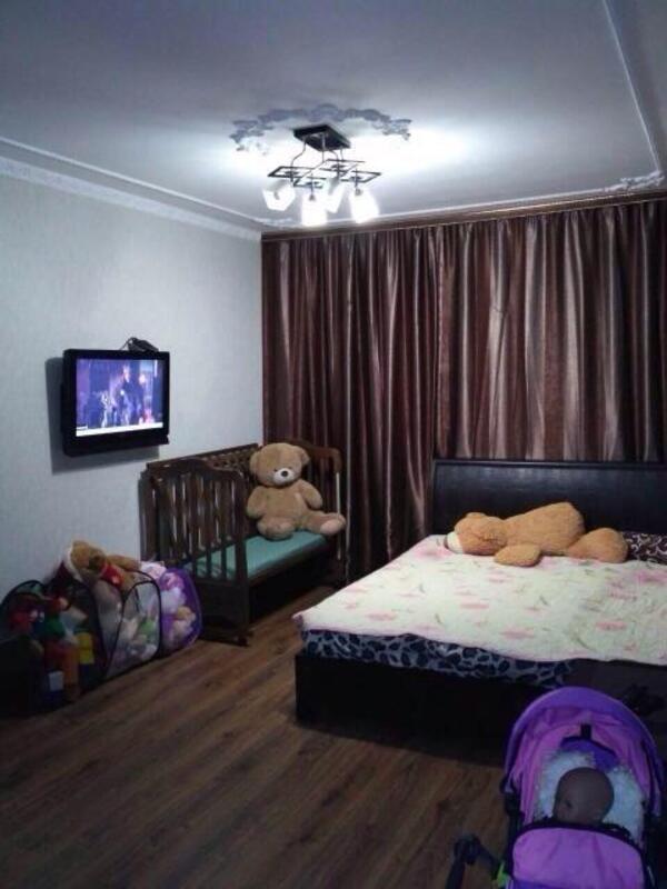 3 комнатная квартира, Харьков, ОДЕССКАЯ, Анадырский пер. (519806 13)