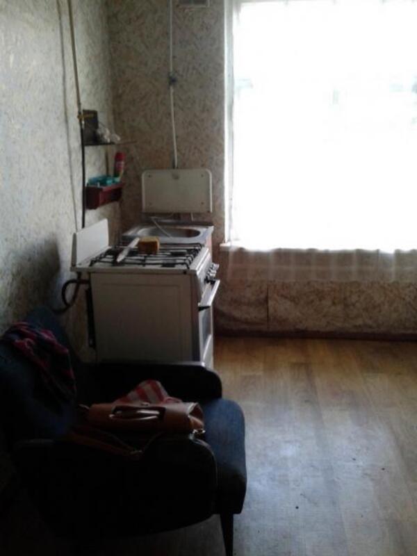 Квартира, 1-комн., Ватутино, Нововодолажский район, Центральная (Кирова, Ленина)