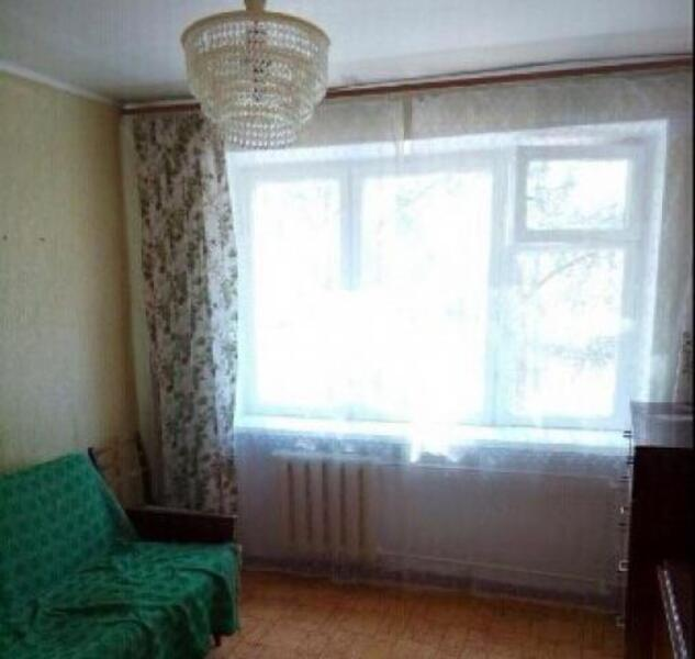 1 комнатная гостинка, Докучаевское(Коммунист), Докучаева, Харьковская область (523080 1)