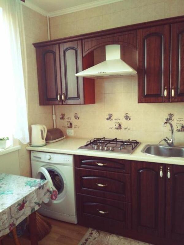 3 комнатная квартира, Харьков, Салтовка, Тракторостроителей просп. (524673 1)