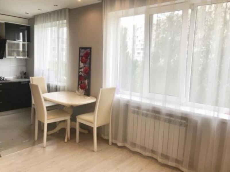 3 комнатная квартира, Харьков, Салтовка, Амосова (Корчагинцев) (525129 1)