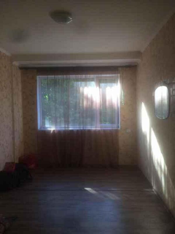 2 комнатная гостинка, Докучаевское(Коммунист), Докучаева, Харьковская область (525440 1)