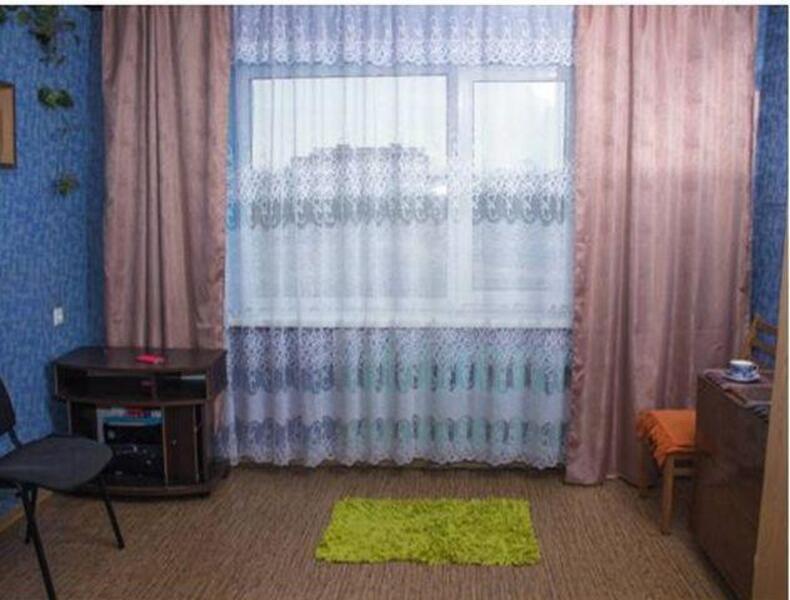 1 комнатная гостинка, Харьков, Защитников Украины метро, Московский пр т (525847 1)