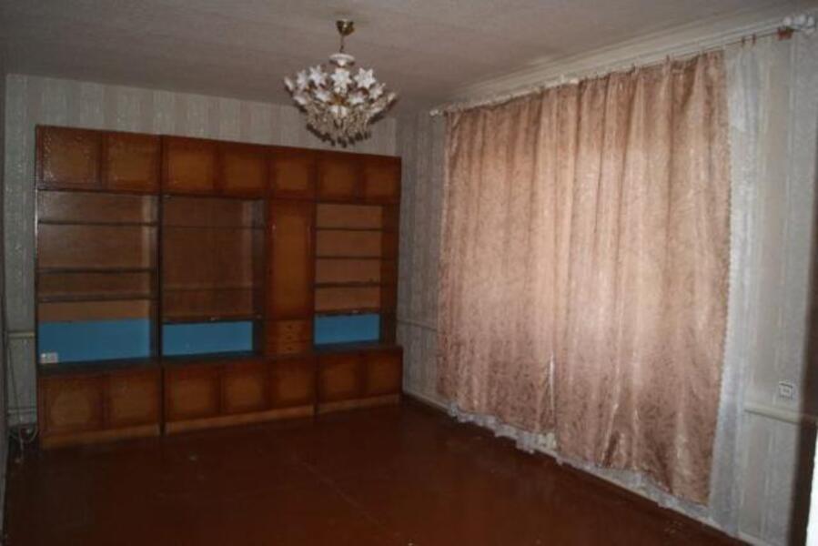 Квартира, 2-комн., Плоское, Великобурлукский район, Украинская
