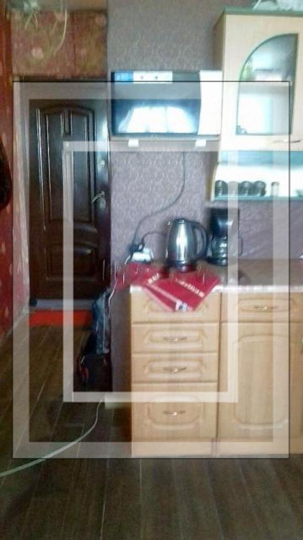 1 комнатная гостинка, Харьков, ХТЗ, Архитектора Алешина (Орджоникидзе пр.) (527252 4)