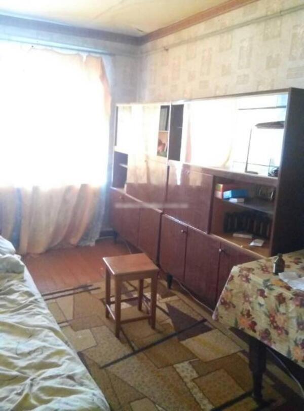 Квартира, 2-комн., Великий Бурлук, Великобурлукский район, Советская (пригород)