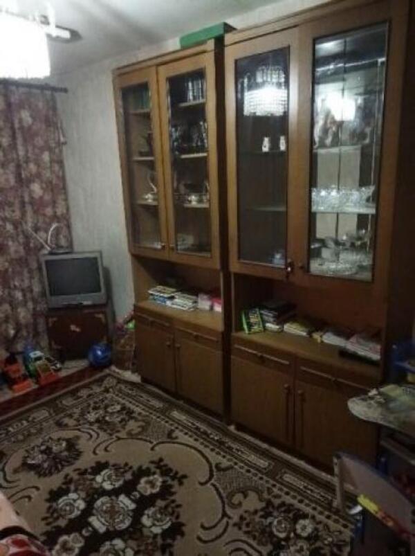 Квартира, 3-комн., Купянск, Купянский район, Давыдова-Лучицкого