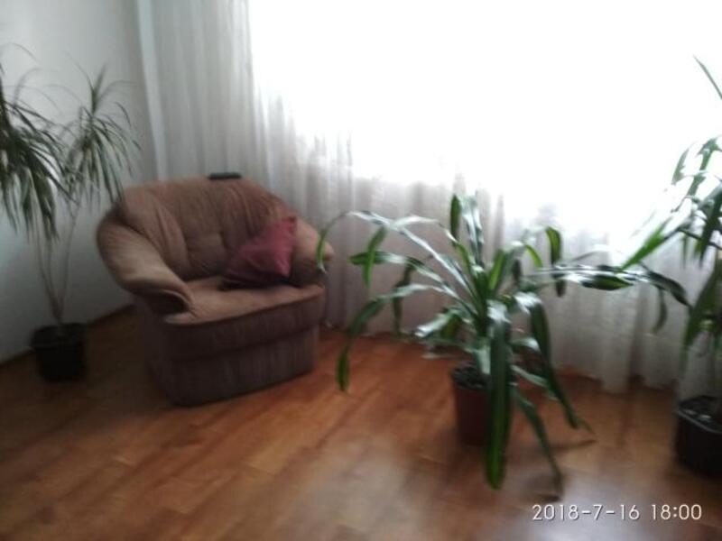 3 комнатная квартира, Дергачи, Садовая (Чубаря, Советская, Свердлова), Харьковская область (529907 1)