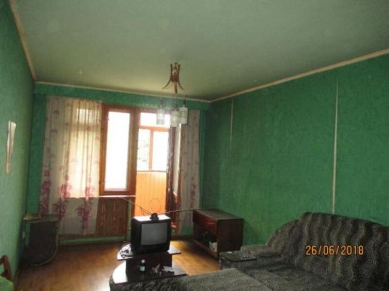 Квартира, 3-комн., Харьков, Бавария, Петра Свинаренко