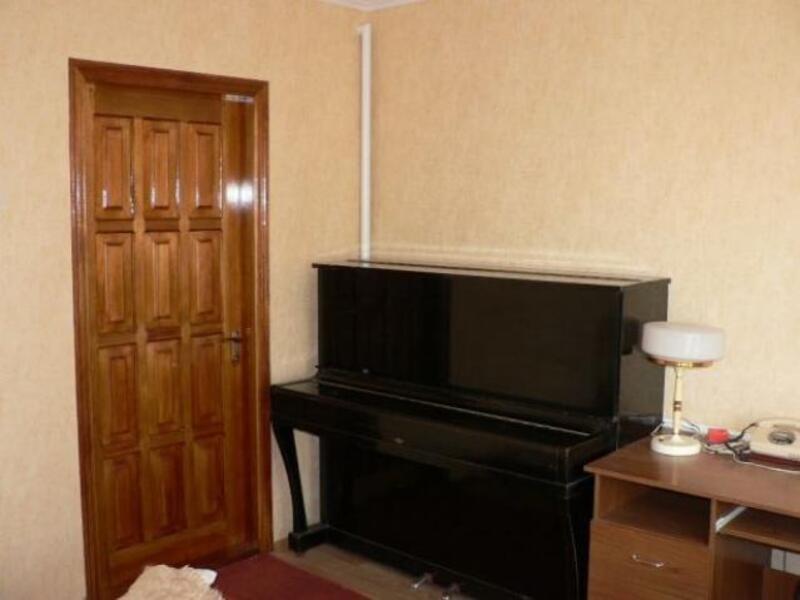 2 комнатная квартира, Чугуев, Карбышева, Харьковская область (532049 1)