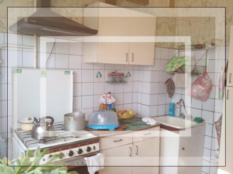 2 комнатная квартира, Чугуев, Харьковская (Ленина, Советская, Артема), Харьковская область (534935 1)
