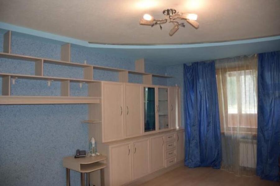 3 комнатная квартира, Дергачи, Садовая (Чубаря, Советская, Свердлова), Харьковская область (535629 1)