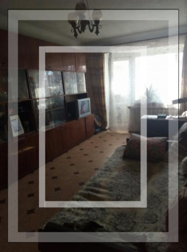 Купить 3-комнатная квартира, Чугуев, Комарова, Харьковская область