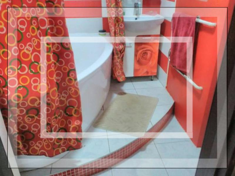 3 комнатная квартира, Дергачи, Садовая (Чубаря, Советская, Свердлова), Харьковская область (539535 1)