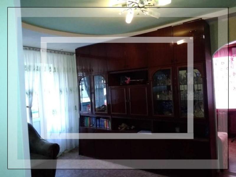 2 комнатная квартира, Чугуев, Харьковская (Ленина, Советская, Артема), Харьковская область (542082 1)