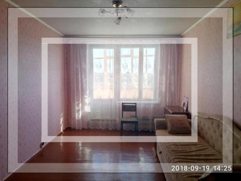 2 комнатная квартира, Чугуев, Авиатор мкр, Харьковская область (543321 1)