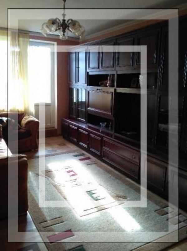 Квартира, 3-комн., Харьков, 626м/р, Амосова (Корчагинцев)