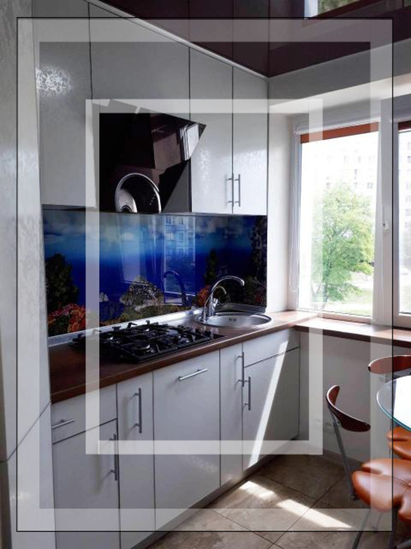3 комнатная квартира, Харьков, Салтовка, Гвардейцев Широнинцев (549217 1)