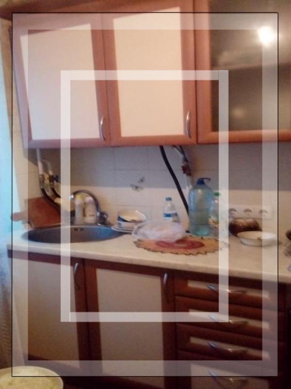 3 комнатная квартира, Чугуев, Харьковская (Ленина, Советская, Артема), Харьковская область (554296 1)